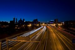 Beweging in de nacht stock foto's