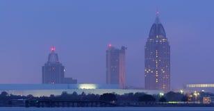 Bewegliche nebelige Skyline Alabamas stockfoto
