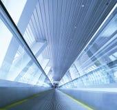 Bewegliche Rolltreppe Stockbilder
