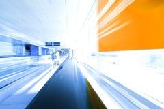 Bewegliche Rolltreppe Stockfotos