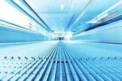 Bewegliche Rolltreppe Lizenzfreie Stockfotos