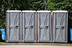Bewegliche Toiletten Stockbilder