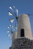Bewegliche Windmühlen in Kreta Stockfotografie
