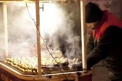 Beweglicher kestane (Kastanien) Stall in taksim Quadrat-Istanbul-Truthahn stockfoto