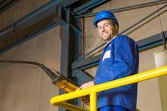 Beweglicher Kran der Arbeitskraft mit Fernbedienung Lizenzfreies Stockfoto