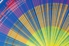 Bewegungs-Effekt herum der hohen Geschwindigkeit, die belichtetes Attracti dreht Lizenzfreie Stockfotos