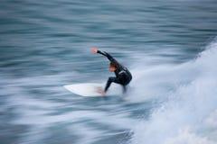 Bewegungszittern des Surfer- Stockfotos