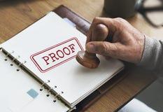 Beweis Comfirmations-Wahrheits-gültiges Authentisierungs-Konzept stockfotografie