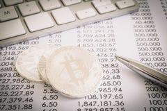 Beweis der Arbeit in Bitcoin, dezentralisiertes Netzgeschäft lizenzfreie stockfotografie