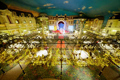 Bewirten Sie Halle Platzde Paris in Korston Hotel Moskau festlich Lizenzfreie Stockfotografie
