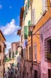 Bewohner bringen in Siena, Italien unter Lizenzfreie Stockbilder