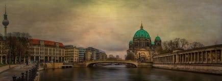 Bewohner von Berlin Dom Panorama Stockfotos