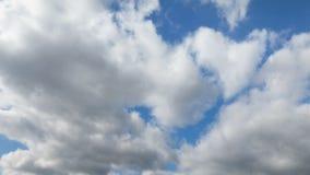 Bewolkte Blauwe de Tijdspannelijn van de Hemeltijd stock videobeelden