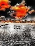 Bewolkte dag bij het strand Royalty-vrije Stock Afbeeldingen