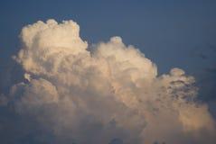 Bewolkte hemelen stock foto's