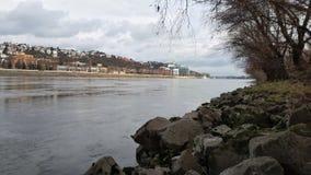 Bewolkte rivier royalty-vrije stock foto