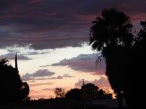 Bewolkte Zonsondergang in Tucson royalty-vrije stock fotografie