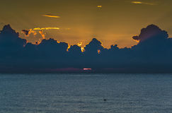 Bewolkte zonsopgang Royalty-vrije Stock Afbeelding