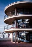 BEXHILL-ON-SEA, ВОСТОЧНОЕ SUSSEX/UK - 11-ОЕ ЯНВАРЯ: De Ла Warr Pavilio Стоковые Фотографии RF