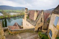 beynac和cazenac村庄平安的街道法国的 免版税库存照片