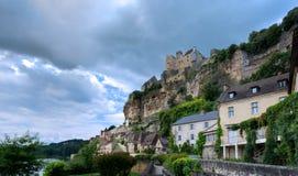 Beynac y Cazenac, un pueblo en el Périgord Noir foto de archivo