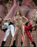 Beyonce som direkt utför på O2en i London Royaltyfri Bild