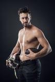 Bez koszuli gracz futbolu z hełmem Zdjęcie Stock