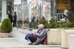 Bezdomna proszałna kobieta Fotografia Stock