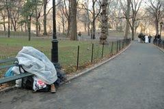 bezdomny w domu zima Obraz Royalty Free
