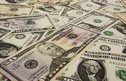 Bezeichnungen von einer, fünf, zehn, fünfzig Dollar Hintergrund des Geldes Lizenzfreie Stockfotos