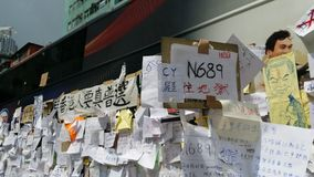 Bezetten de Protestors postberichten op Bus in Nathan-weg de Revolutie van de de protestenparaplu van Hong Kong van Mong Kok 2014 Royalty-vrije Stock Afbeeldingen