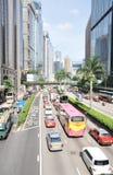 Bezig verkeer in de straat van Hongkong Stock Afbeelding