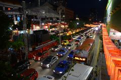 Bezige Chinatown ter voorbereiding van Chinees Nieuwjaar Stock Foto