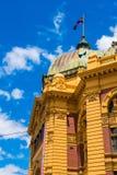 Bezige Flinders-Straatpost Stock Fotografie