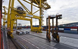 Bezige Industriële Verschepende Terminal in Zuid-Amerika Stock Afbeeldingen