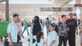 Bezige internationale luchthaven stock videobeelden