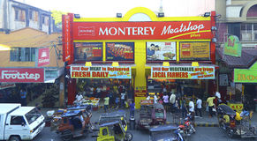 Bezige straatscène: tuguegaraostad, Filippijnen royalty-vrije stock foto's