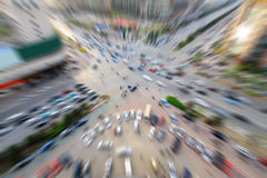 Bezige verkeersstroom in een moderne stad Stock Afbeelding