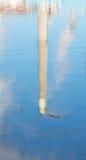 Bezinning van een schoorsteen op zout water Royalty-vrije Stock Foto