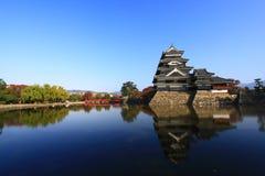 Bezinning van het Kasteel, Matsumoto, Japan Royalty-vrije Stock Foto's