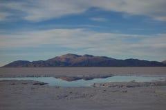 Bezinning - Zoutmeren grandes/grote salines - salta & jujuy, Argentinië royalty-vrije stock foto