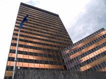 Bezinningen in een modern gebouw Stock Foto