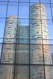 Bezinningen van gebouwen Stock Foto