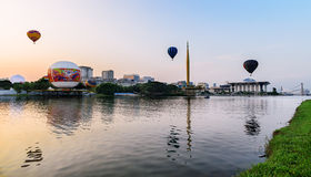 Bezinningen van 3 hete ballons Royalty-vrije Stock Foto's