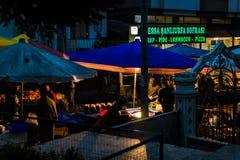 Bezirks-Basar nachts Stockbild
