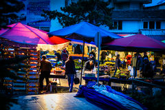 Bezirks-Basar nachts Stockfoto