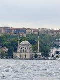 Bezm-ι σουλτάνος Alem Valide/μουσουλμανικό τέμενος 1851 Dolmabahce Στοκ Εικόνες