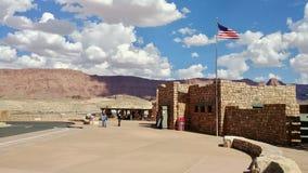 Bezoekercentrum bij de Brug van Navajo op Weg 89A Arizona stock afbeeldingen