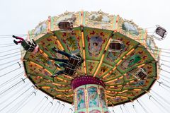 Bezoekers bij de Luftikus-carrousel, Prater, Wenen, Oostenrijk Royalty-vrije Stock Afbeelding