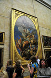 Bezoekers bij het Louvre Royalty-vrije Stock Foto's